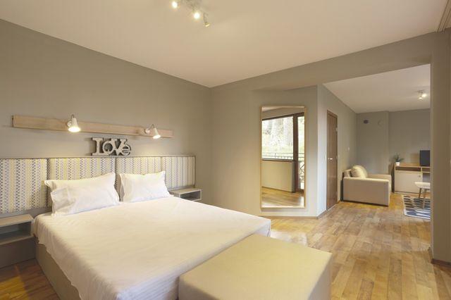 Съни Хилс - апартамент с 3 спални