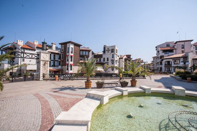 Oasis Resort and SPA Maltese Castle