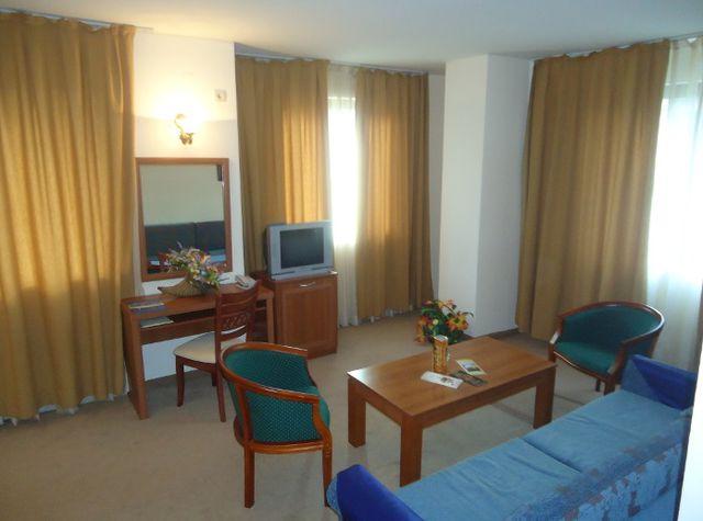 СПА хотел Емералд - семейни/свързани стаи