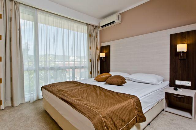 Еврика Бийч Клуб Хотел - единична стая