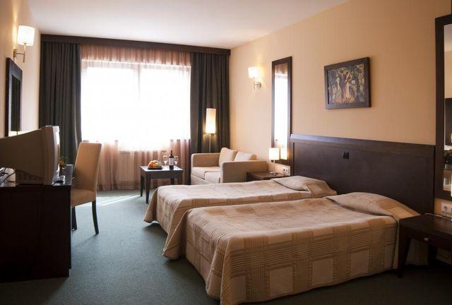 Хотел Лион Боровец - Двойна разширена стая - единични легла