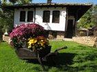 Къщи за гости Тинтява и Невена, Боженци