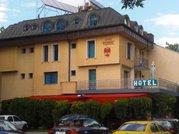Феникс хотел